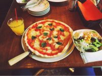 サージのピザ