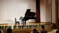童話館のピアノ